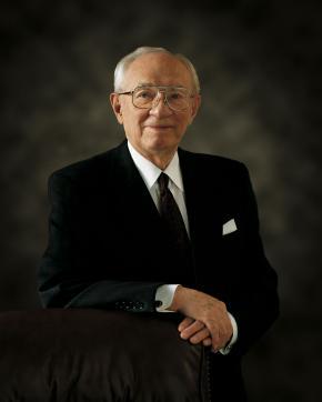 President Gordon B. Hinckley (1910-2008)