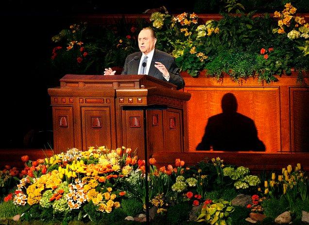 Conference_Prophet Thomas S Monson speaking