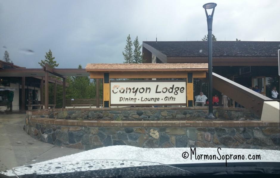 Canyon-Lodge-yellowstone