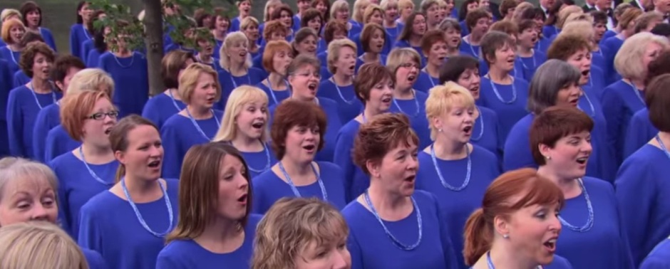 """Singing """"AMAZING GRACE"""" on the banks of the Missouri River"""