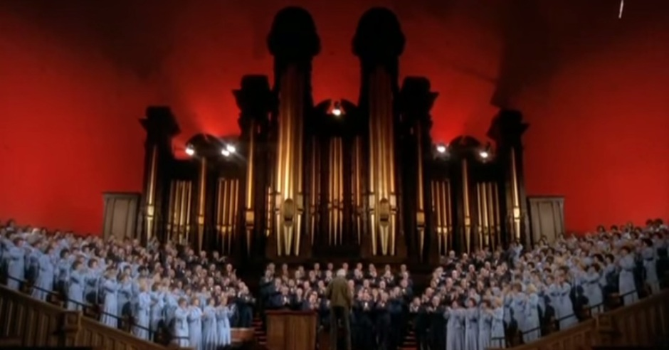 mr-kruegers-christmas-screenshot-stewart-tabchoir