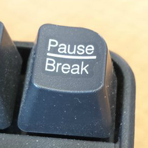 Pause-break-button