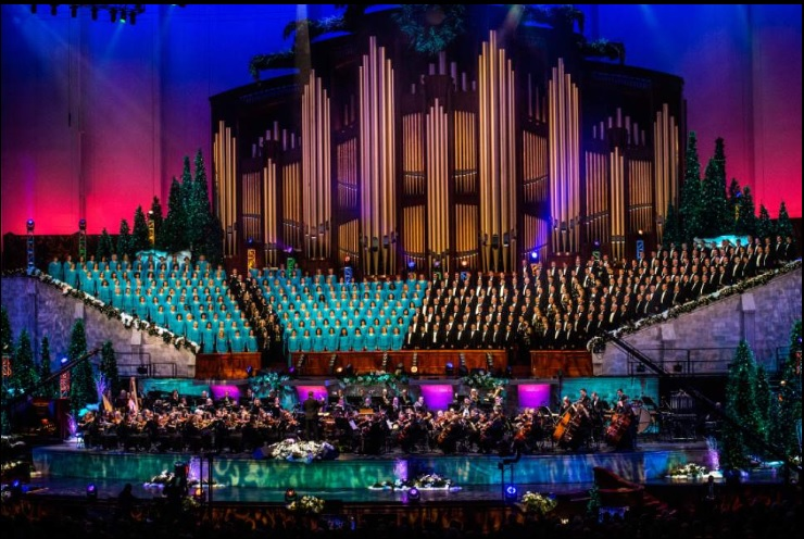 2015-Christmas-MoTab-concert