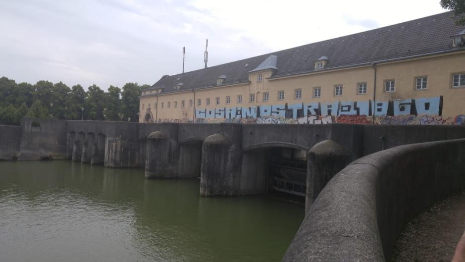 2016-07-02 Englisher Garten Munich dam