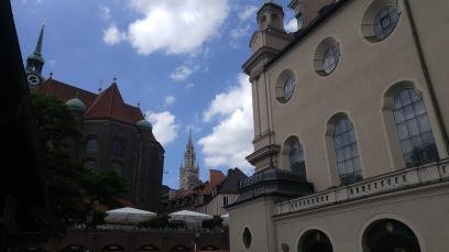 There are many churches and cathedrals