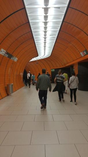 2016-07-04-Munich-subway