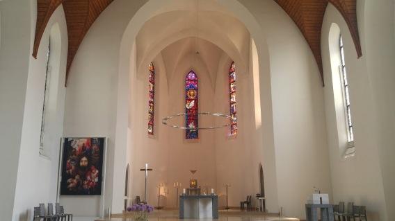 Sacred Heart Zurich-Oerlikon - Altar