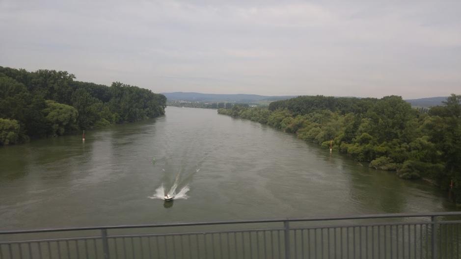 2016-07-08-frankfurt-river