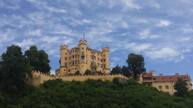 Hohenschwangau Castle is a 20 minute walk from the visitor parking lot
