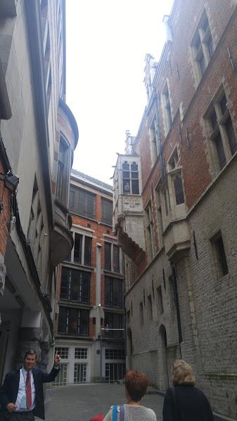 Bozar Stage Entrance or Diagon Alley?