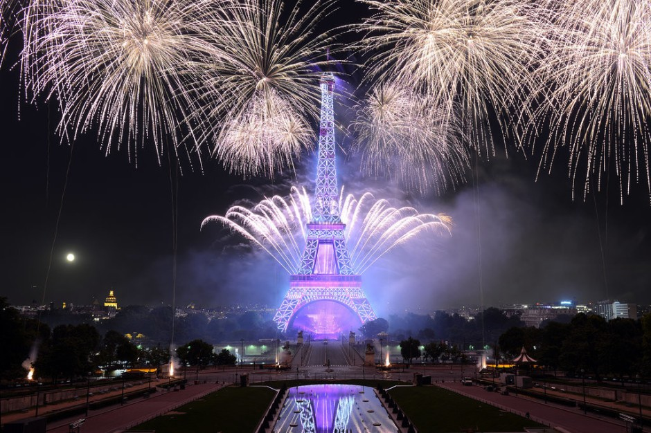 2016 Bastille-Day-2016-in-France-Bastille-Day-Fireworks-in-Paris-Pictures-1024x683
